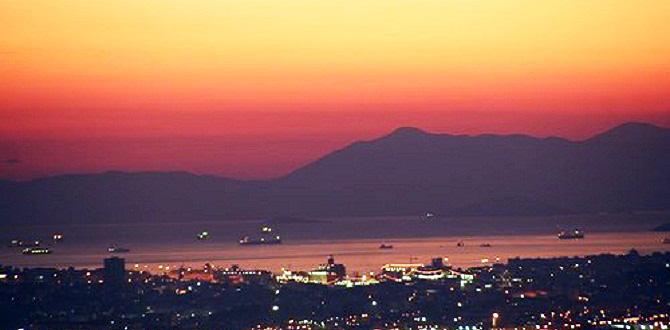 Афины ночью, Экскурсии из Афин, Греция